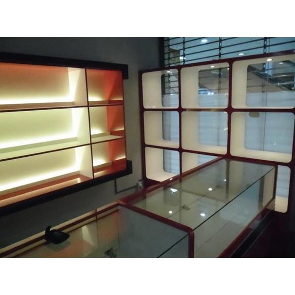 Jasa Etalase Display Interior Toko Kosmetik Parfum ...