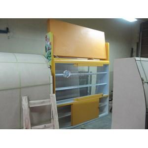 Etalase Display Roti dengan Neon Box back light menyala By Kembangdjati Furniture Semarang