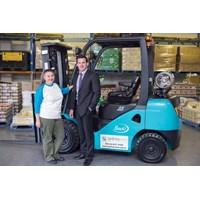 Distributor Forklift Solar / Diesel 2500Kg 3