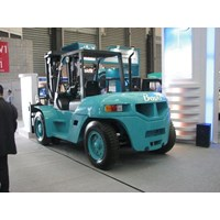 Distributor Forklift Solar 7 Ton 3