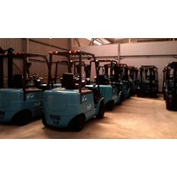 Beli Forklift Electric 4