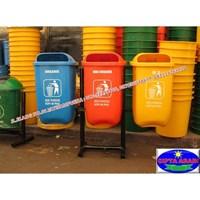 Distributor Tempat Sampah Fiberglass 3