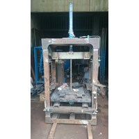 Distributor Mesin Paving Block Hydrolic  3