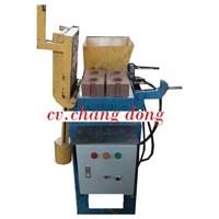 Jual Mesin Press Hydrolic Interlocking Bata Tanpa Bakar Kelar 2