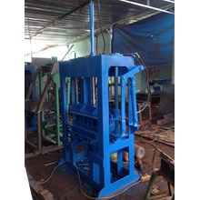 Mesin Batako Paving Block Dan Bata Tanpa Bakar