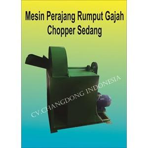 Mesin Perajang Rumput Gajah Chopper Sedang