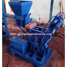 Brick Making Machine / Interlocking Brick Model Pa