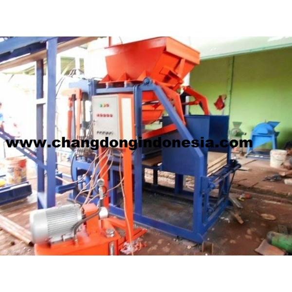 Mesin Cetak Batako / Mesin Paving Hydrolik Otomatis