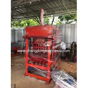 Dari Mesin Cetak paving Block Semi otomatis Ready Stock 0