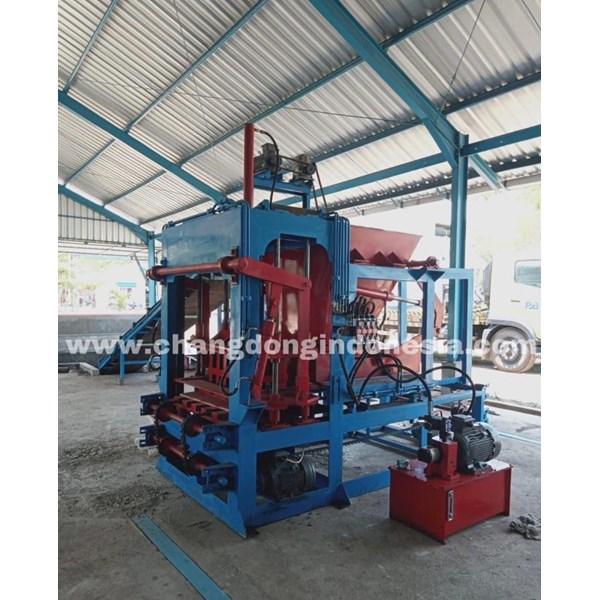 Mesin Cetak Paving block  Dan Batako  Otomatis