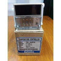 Distributor  Temperature Controller TZN4S-14S Autonics LCD Display  3