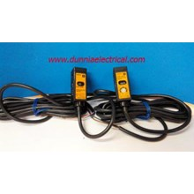 PHOTOELECTRIC  E3S- 2E4 OMRON
