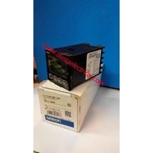 Temperature Controller E5CN- QMT-500 Omron
