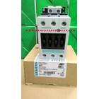 AC Contactor Siemens / Contactor  3TF44 22- 0XP0 Siemens  2