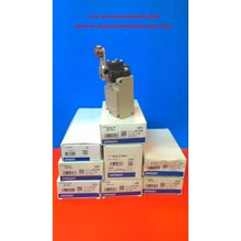 OMRON LIMIT SWITCH  WLCA2- 2N