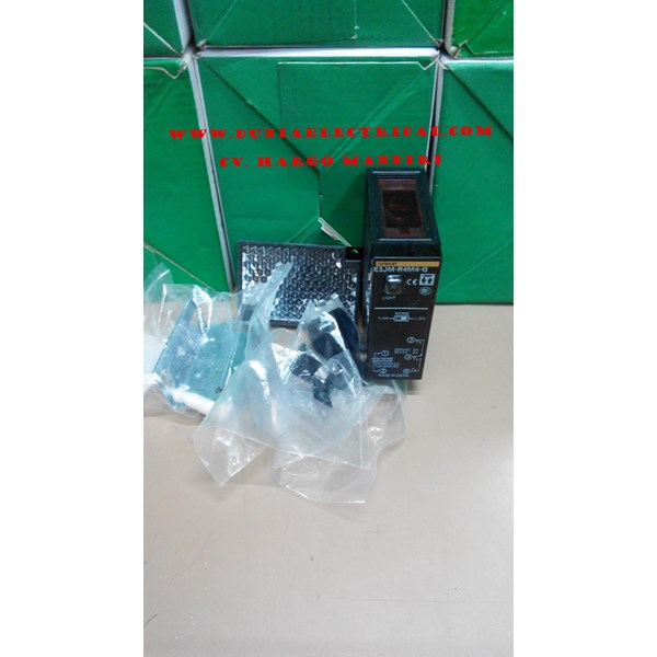 PHOTOELECTRIC SWITCHES OMRON E3Z- LS63