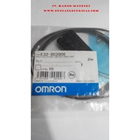 Photoelectric Switches Omron E32- DC200E