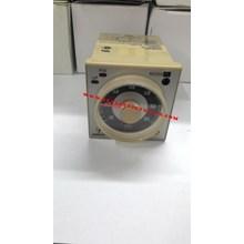 Analog Time Switch Omron /  Timer Omron  H3BA-N