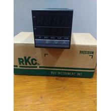 RKC TEMPERATURE CONTROLLER  CB100 FD10- M*AN- NN A Y