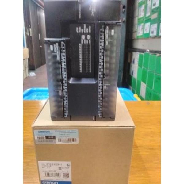 PLC CP1MA-30CDR-A-V1 Omron