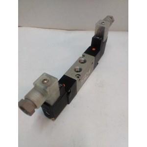 SMC Solenoid Valve VZ5220-5DZ- 02 Silinder