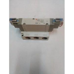 SOLENOID VALVE  SY9240-2G-04 SMC Silinder