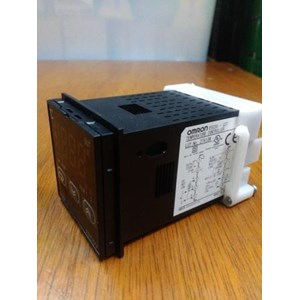 Dari Temperature Controller Omron E5CSV- Q2T  6