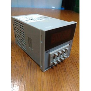 Timers Omron XZNS-H5CN