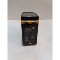 Photoelectric Switch E3B2- D2M4D- G Omron