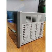Jual  Temperatur Control SDC31- C316DA000300 Yamatake Azbil 2