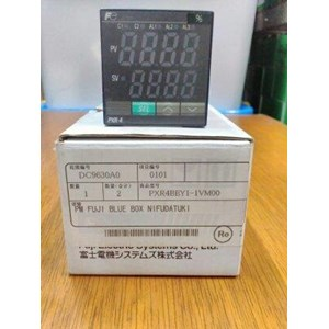 TEMPERATURE CONTROLLER FUJI ELECTRIC  PXR4BEY1-IV000
