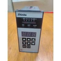 Beli  Temperature Controller RC-620-R E Shinko  4