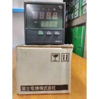Distributor Temperature Switches Shinko / TEMPERATURE CONTROLLER RC-621-R E SHINKO 3