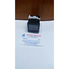Temperature Control Switches E5CC-QX2ASM- 802 OMRON