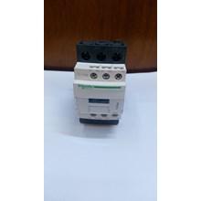 Schneider Contactor LC1D38F8