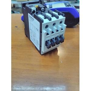 Siemens Contactor 3TF32 00 110V