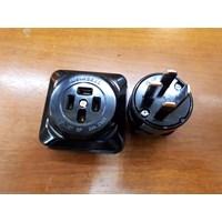 Steker 4 Pin Jepang