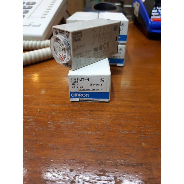 TIMER SWITCH OMRON H3Y 4 10s 24Vdc