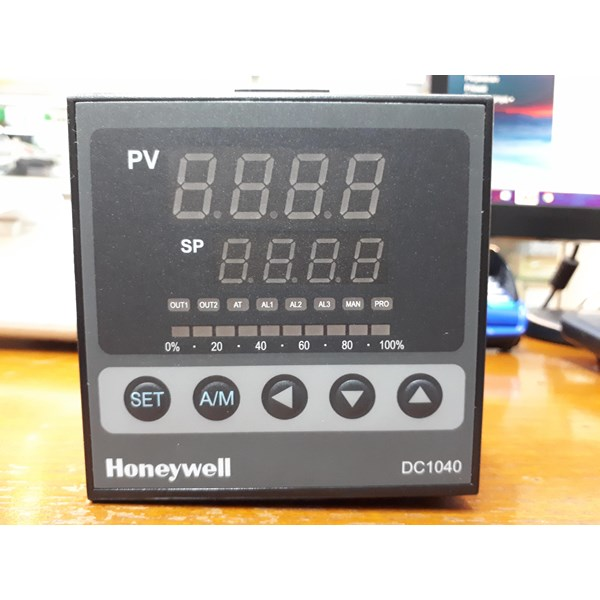 T Temperature Control Switches Honeywell / Temperature Controller DC1040CL 312000 E Honeywell