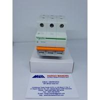 MCB / Miniature Circuit Breaker Schneider Domae 3P 16A