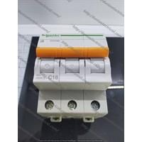 MCB DOMAE 3P 16A SCHNEIDER ELECTRIC