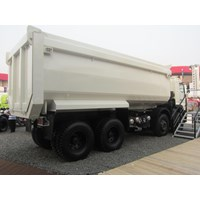 Distributor Dump Truck 24 Kubik 3