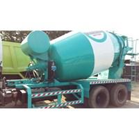 Truck Mixer Isuzu Giga FVZ 285PS Kapasitas 7 Kubik Th.2013