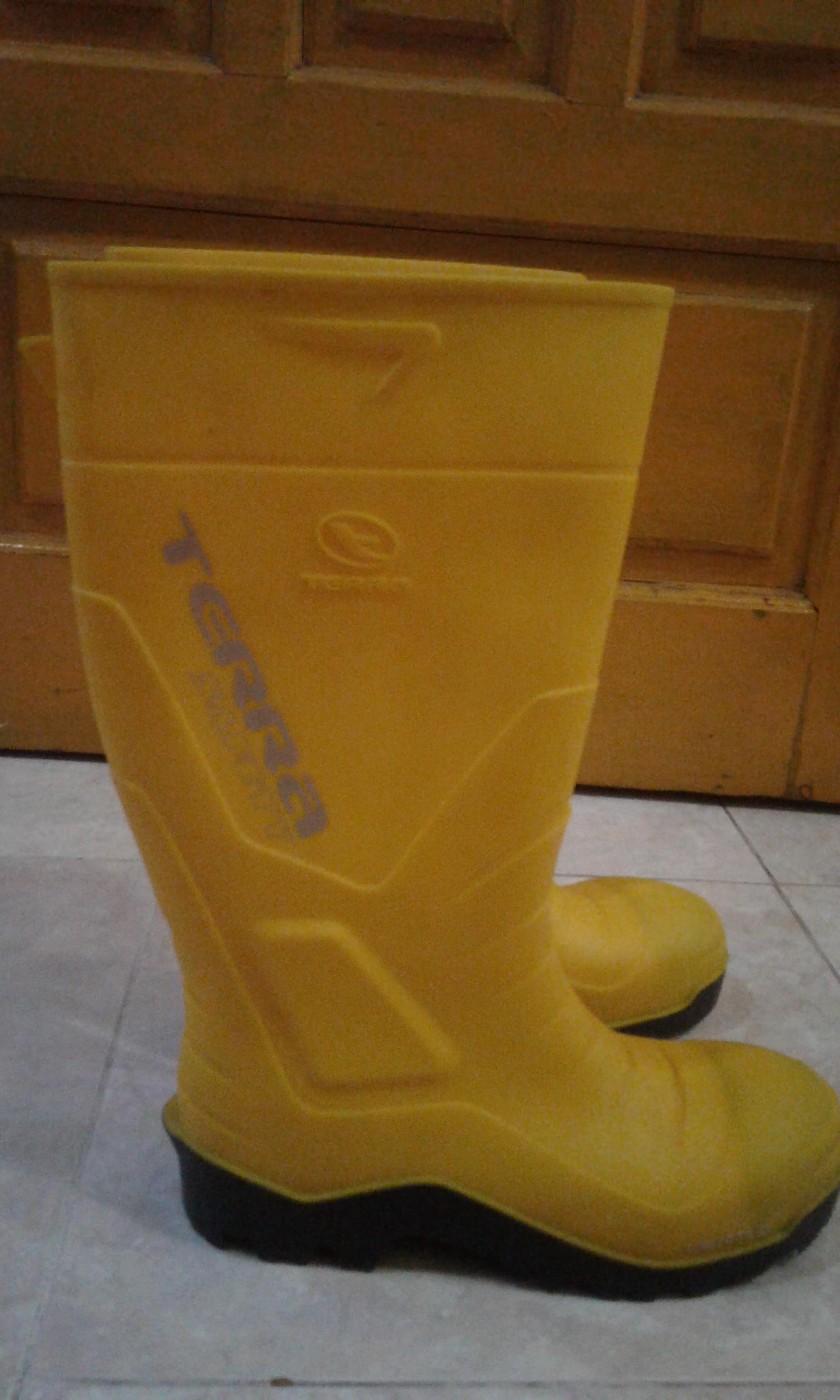 Jual Sepatu Karet AP Booth Type Terra Safety Harga Murah