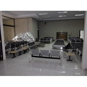 Dari Conveyor Check in  Bandara  1