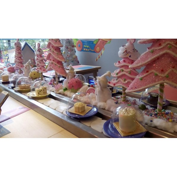 Sushi Conveyor for Cake