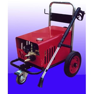 Pompa Steam Cleaning Pressure 110 Bar