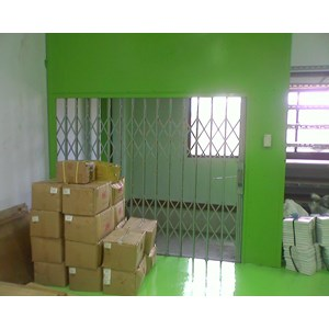 Fabrikasi Cargo Lift / Lift Barang Semua kapasitas & Ukuran By Indoputra Perdana