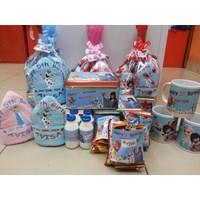 Distributor Souvenir Ulang Tahun Kaleng 3