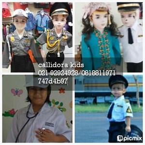 kostum profesi anak